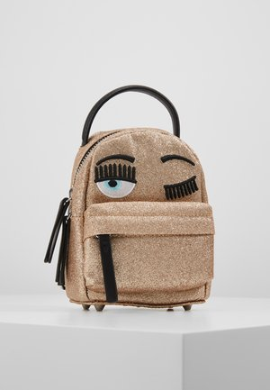FLIRTING GLITTER MINI BACK PACK - Ryggsekk - gold