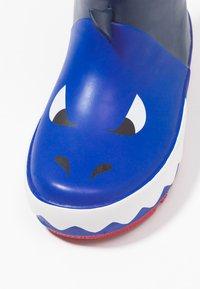 Chipmunks - JAWS - Bottes en caoutchouc - navy - 2