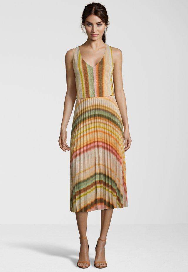 CIFALDA - Jerseykleid - multicolou