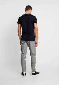 Cinque - CIWEFT - Pantalon classique - grey - 2