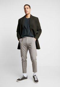 Cinque - CIBEPPE  - Pantalon classique - beige - 1