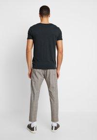Cinque - CIBEPPE  - Pantalon classique - beige - 2