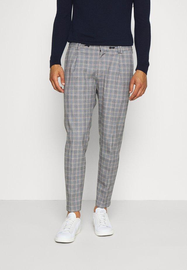 CIJUNO TROUSER - Spodnie materiałowe - blue