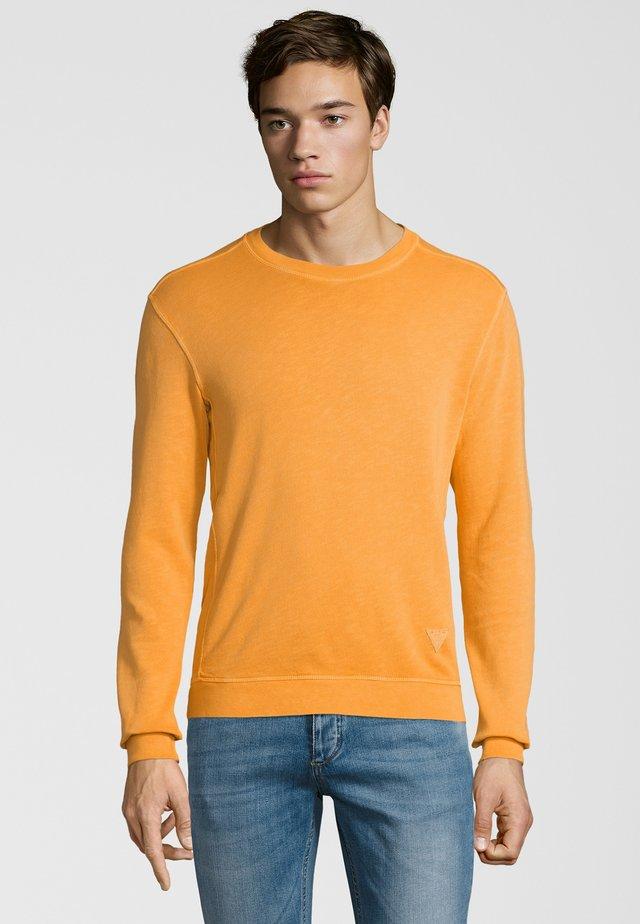 SWEATER CISVEN - Strickpullover - orange