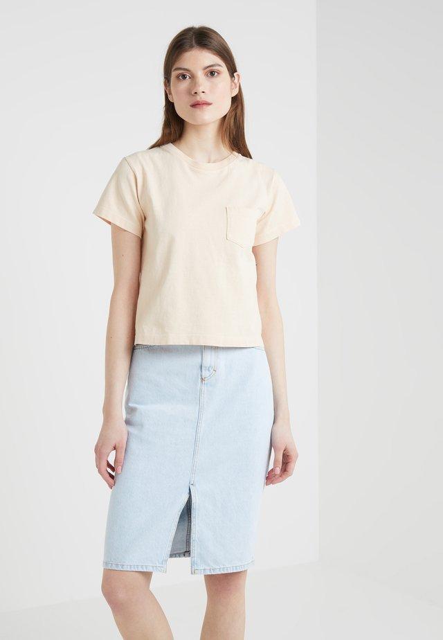 GRACE POCKET TEE - T-Shirt basic - sunset