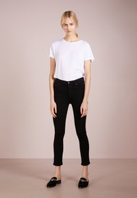 Citizens of Humanity - ROCKET CROPPED - Skinny džíny - all black sculpt - 1