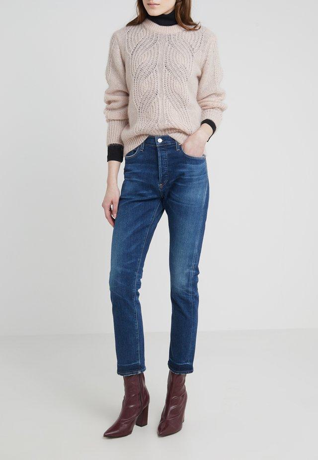 CORI SLOUCH - Slim fit jeans - santiago