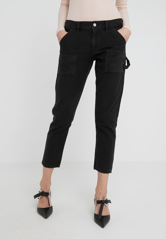 LEAH PANT - Džíny Straight Fit - vintage black