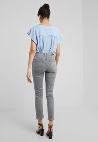 Citizens of Humanity - HARLOW  - Jeans Skinny Fit - cosmis - 2