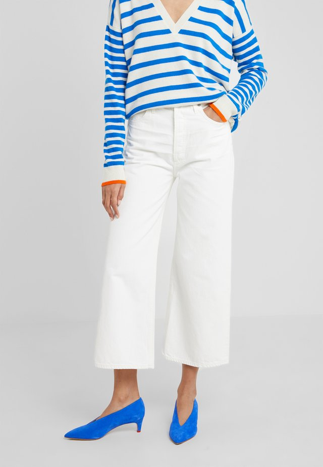 SACHA HIGH RISE - Jeans Relaxed Fit - bristol