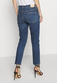 Citizens of Humanity - ELSA MID RISE SLIM FIT CROP - Džíny Relaxed Fit - preld - 2