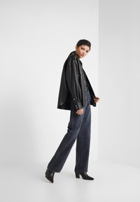 Citizens of Humanity - ANNINA - Relaxed fit jeans - fade to black - 1