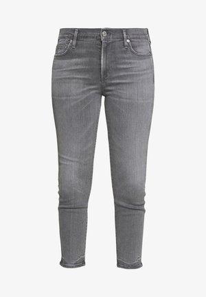 ROCKET CROP MID RISE - Jeans Skinny Fit - tance