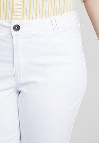 Ciso - CAPRI - Shorts - white - 4