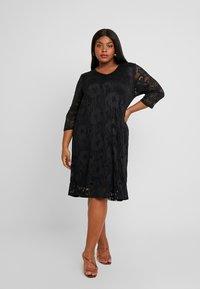 Ciso - V-NECK SHIFT DRESS 3/4 SLEEVE - Freizeitkleid - black - 2
