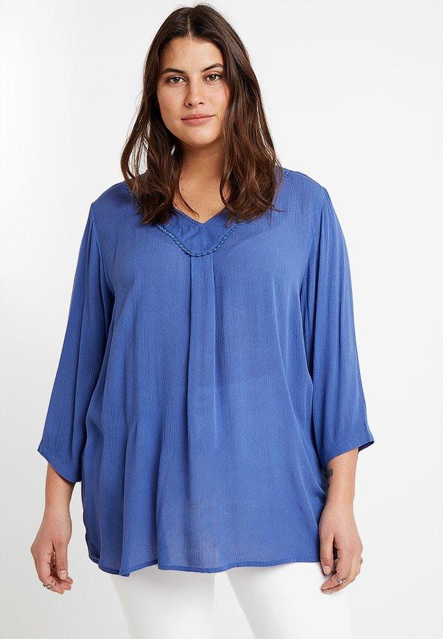 BLOUSE - Bluse - blue
