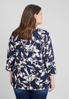 Ciso - LEAF SLEEVE PLEAT FRONT BLOUSE - Blouse - navy
