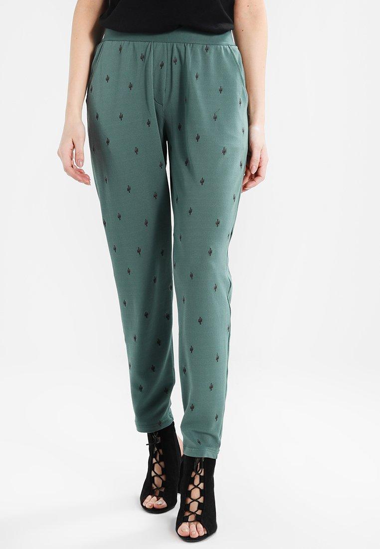 Circle of Trust - CEDAR PANTS - Pantalones - new amry
