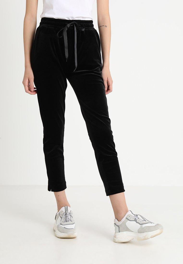 Circle of Trust - JULIET PANTS - Pantalones - jet black