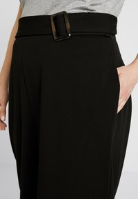 City Chic - PANT WIDE CULLOTE - Kalhoty - black - 4