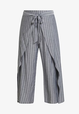EXCLUSIVE PANT SIMPLY SWISH - Trousers - chambray