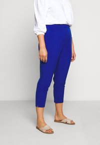 City Chic - PANT ELECTRIC FEELS - Bukse - electric blue - 0