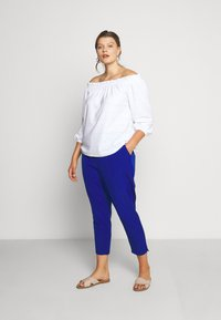 City Chic - PANT ELECTRIC FEELS - Bukse - electric blue - 1