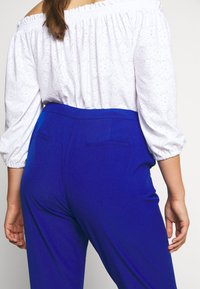 City Chic - PANT ELECTRIC FEELS - Bukse - electric blue - 4