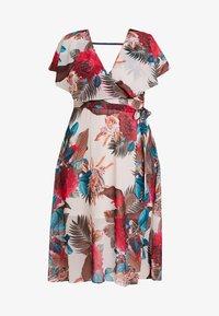 City Chic - DRESS EXOTIC PALM - Denní šaty - pink - 5