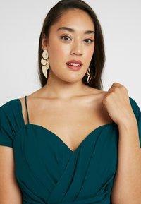 City Chic - EXLUSIVE ENTWINE DRESS - Koktejlové šaty/ šaty na párty - emerald - 5