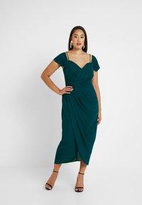 City Chic - EXLUSIVE ENTWINE DRESS - Koktejlové šaty/ šaty na párty - emerald - 1