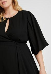 City Chic - EXCLUSIVE DRESS JOLIE WRAP - Denní šaty - black - 6