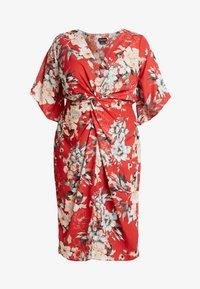 City Chic - EXCLUSIVE DRESS SEDUCTION - Denní šaty - red - 4