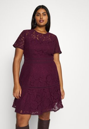 DRESS RAVISH - Cocktailklänning - mulberry