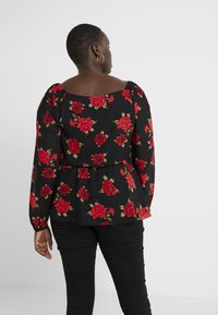 City Chic - EXCLUSIVE MILKMAID FLORAL - Blusa - passion - 2