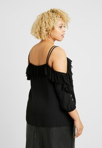 City Chic - EXCLUSIVE PLEATED FRILL - Blůza - black - 2