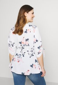 City Chic - LOTUS LUST - Blouse - off white - 2