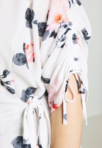 City Chic - LOTUS LUST - Blouse - off white - 5