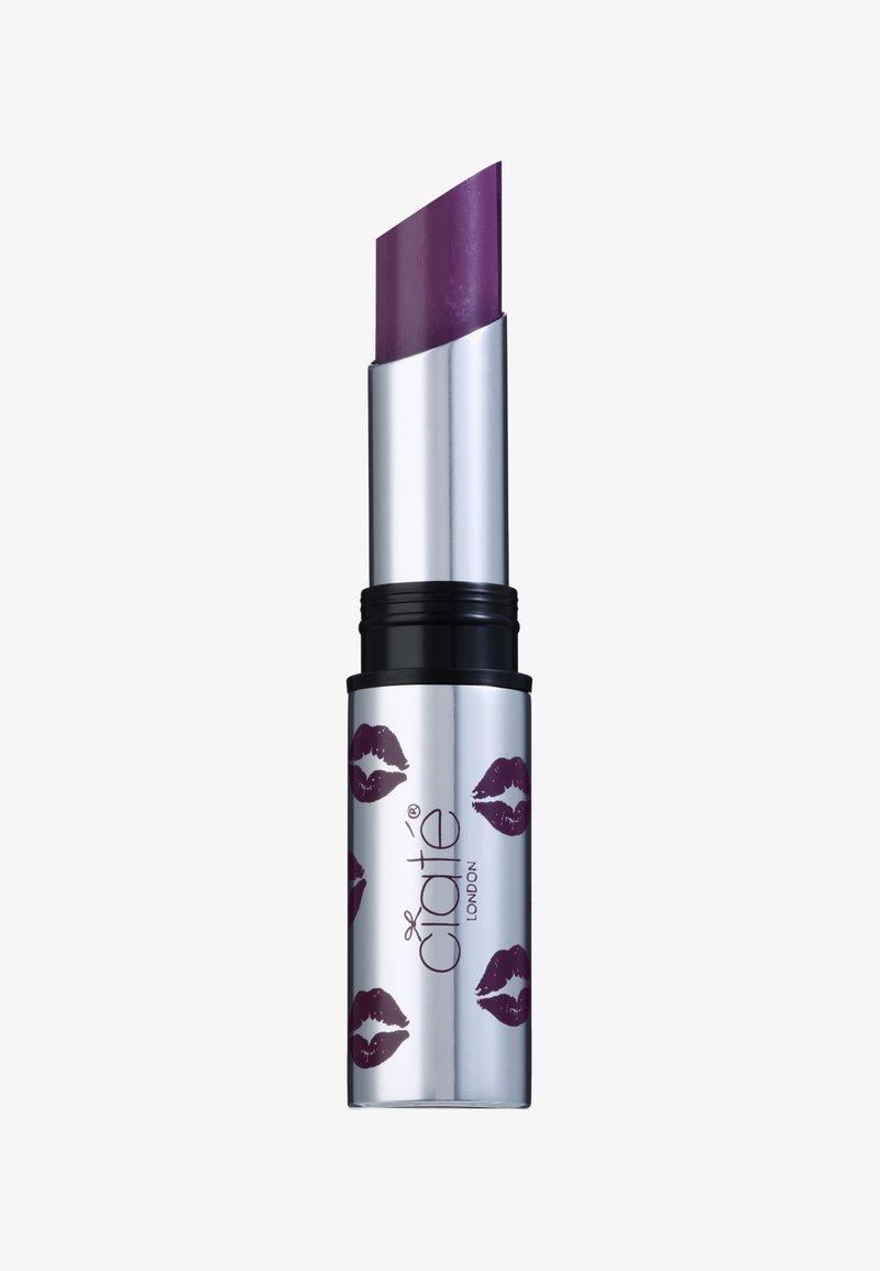 Ciaté - CREMÉ SHINE LIPSTICK - Lipstick - heartbreaker-deep purple