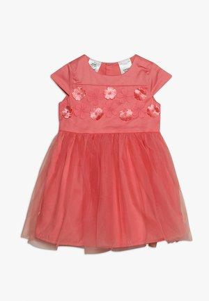 BABY - Vestido de cóctel - pink
