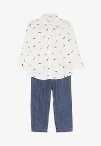 Carter's - TODDLER PLAYWEAR SET - Straight leg jeans - white - 3