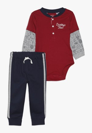 BOY BODYSUIT PANT BABY SET - Body - red