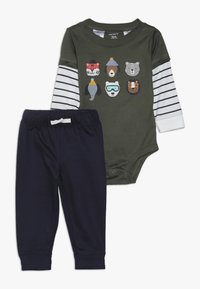Carter's - BODYSUIT PANT BABY SET - Pantalon classique - green - 0