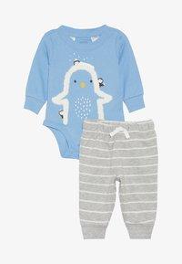 Carter's - BOY PANT BABY SET - Body - blue - 3