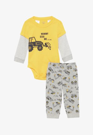 TRACTOR SET - Bukse - yellow/grey