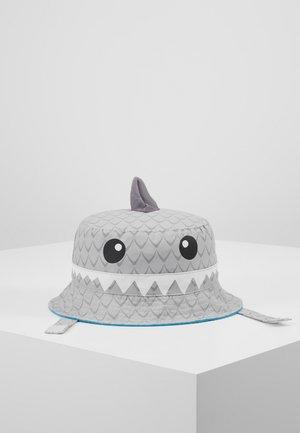 BUCKETHEAD SHARK - Hat - gray