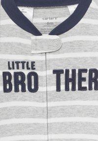 Carter's - INTERLOCK BROTHER BABY - Pyjamas - blue/red - 3