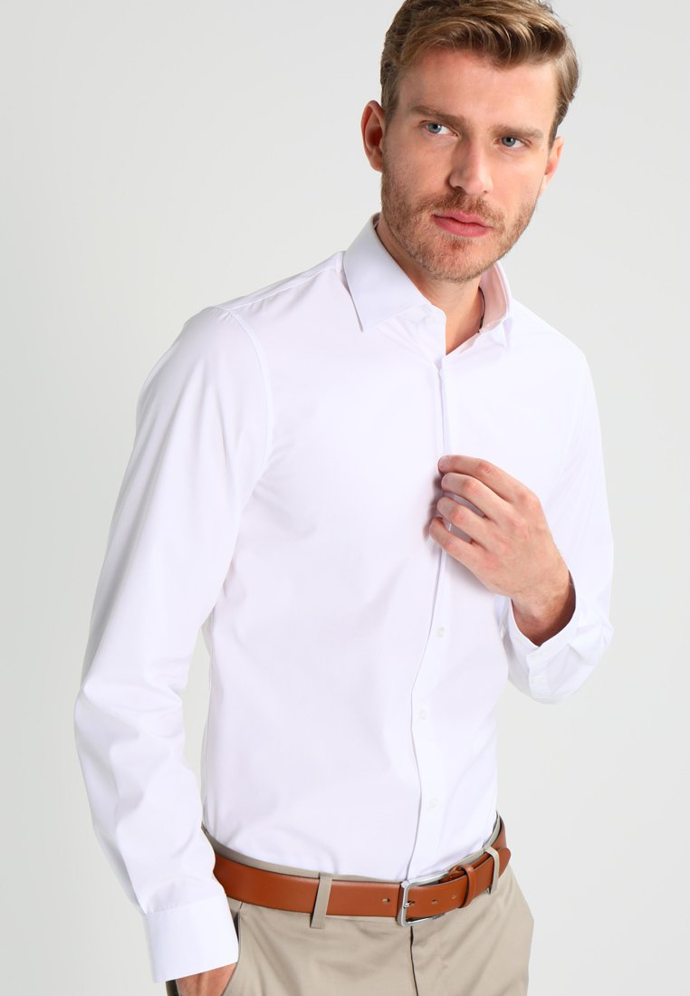 Calvin Klein Tailored - CANNES REGULAR FIT - Formal shirt - white