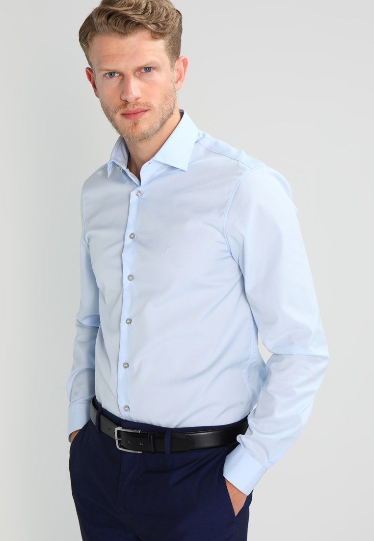 Calvin Klein Tailored - CANNES REGULAR FIT - Businesshemd - soft blue