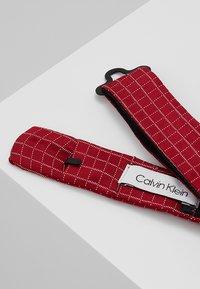 CK Calvin Klein - GRAPH CHECK BOW TIE - Bow tie - red - 2